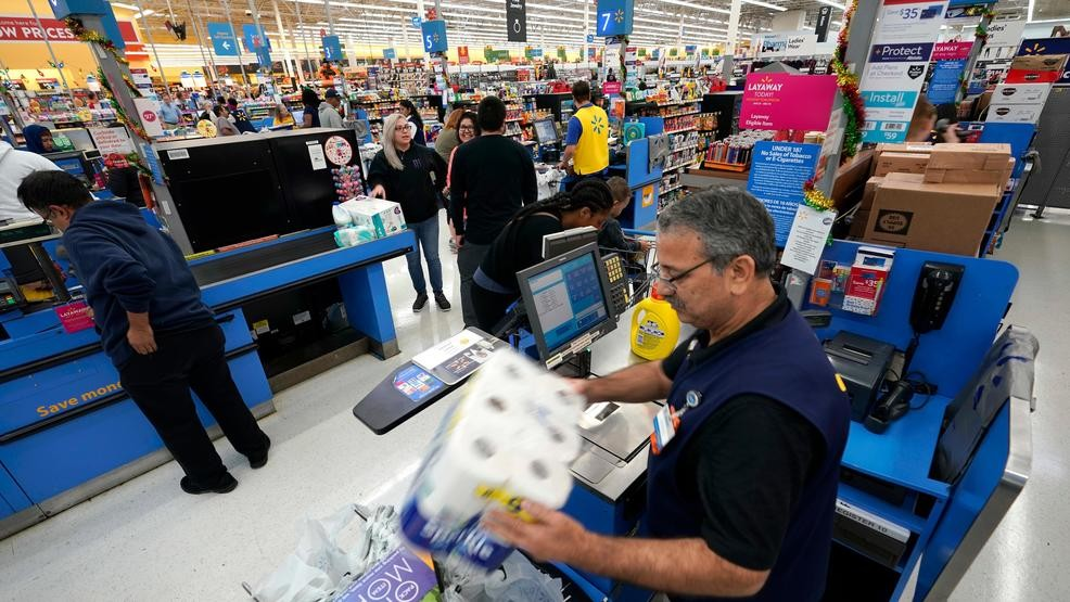 69f2b60e6 Walmart warns that higher tariffs will mean higher prices | KOMO