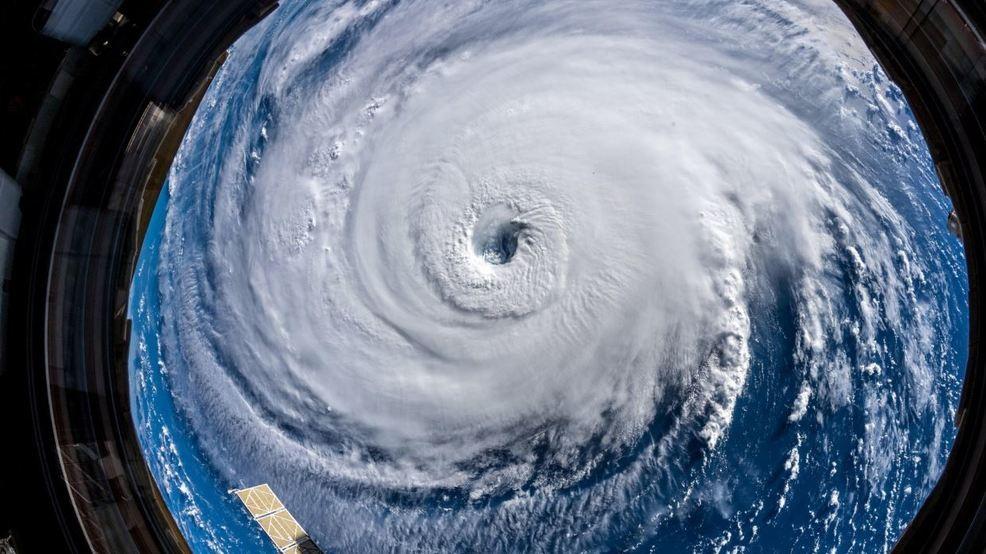 NOAA: Hurricane Florence generating 83-foot waves!   KOMO