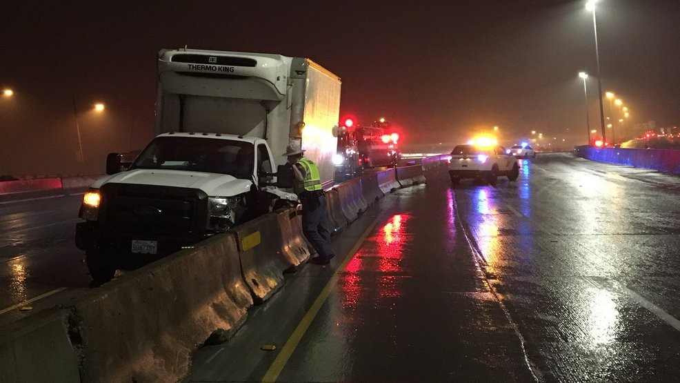 All I-5 lanes reopen in Tacoma after multi-vehicle crash | KOMO