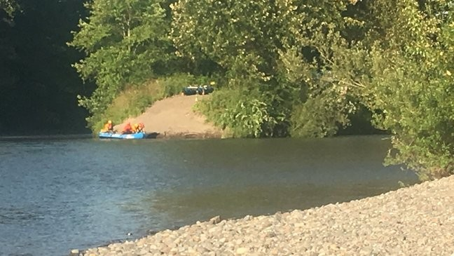 Rescuers search for man who fell into Puyallup River while fishing