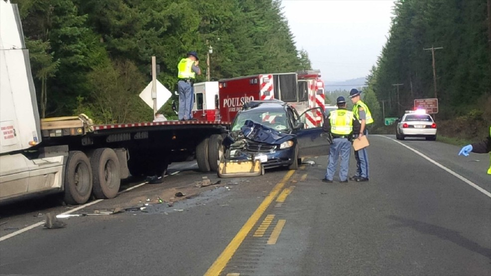 1 child airlifted after semi crashes into van near Poulsbo