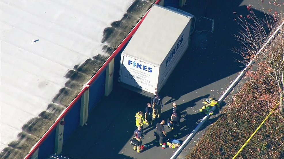 The 26-year-old Federal Way man who was pinned between a box truck and a storage unit Tuesday in Lynnwood died Wednesday. (KOMO News) & Federal Way man dies after pinned between van and storage unit | KOMO
