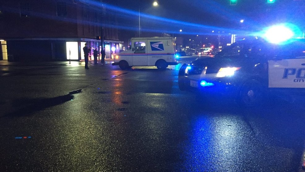 Woman dies after being hit by USPS truck in Everett | KOMO