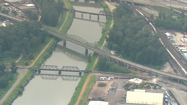 Puyallup River Bridge closes for 9-month construction