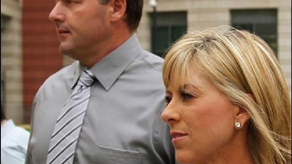 Wife contradicts Clemens' chief accuser on HGH   KOMO