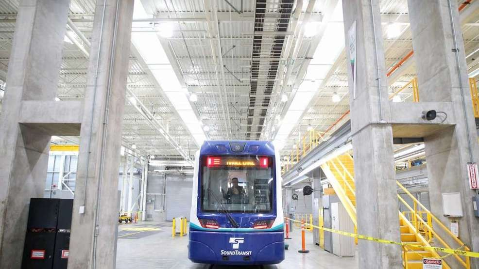 Sound Transit map shows expected opening dates of new light ... on map of trains in illinois, map of trains in barcelona, map of trains in paris, map of trains in new york, map of trains in tokyo, map of trains in boston,