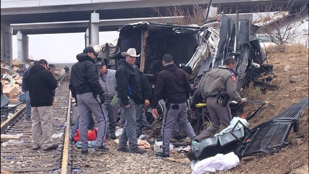At least 10 killed as prison bus, train collide in Texas | KOMO