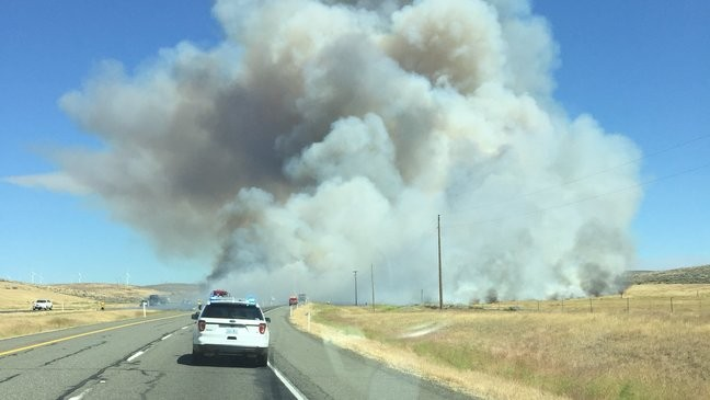 I-90 reopens as 80,000 acre fire burns near Kittitas | KOMO