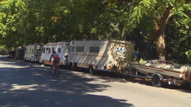Seattle mayoral candidates discuss growing homeless encampment at Green Lake    KOMO