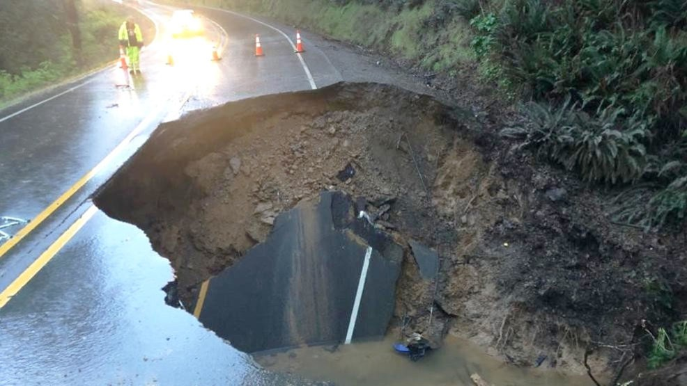 1 injured after cars crash into gaping hole on washed-out Oregon