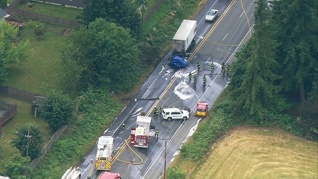 Double fatal crash in Graham closed road for hours | KOMO