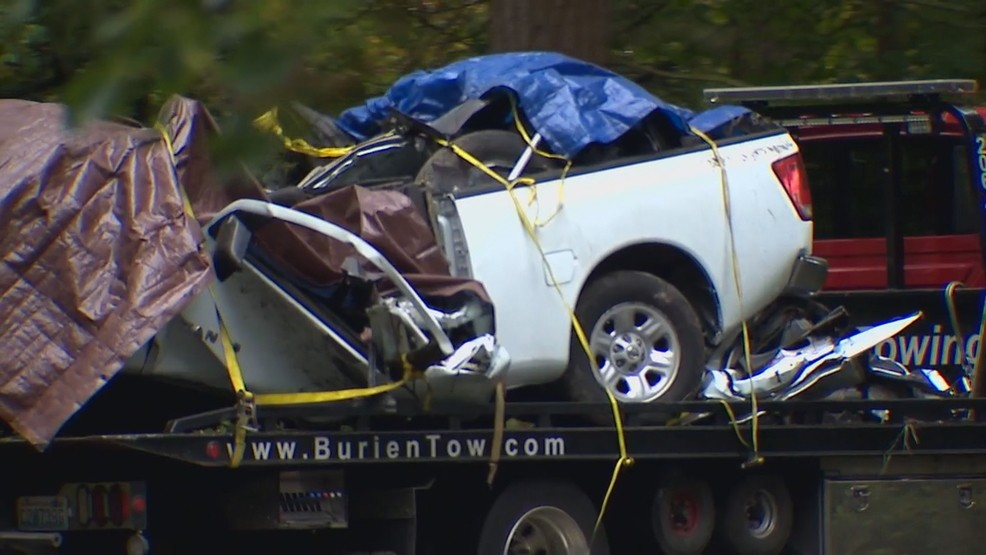 Driver charged in horrific crash that killed 4 in Tukwila