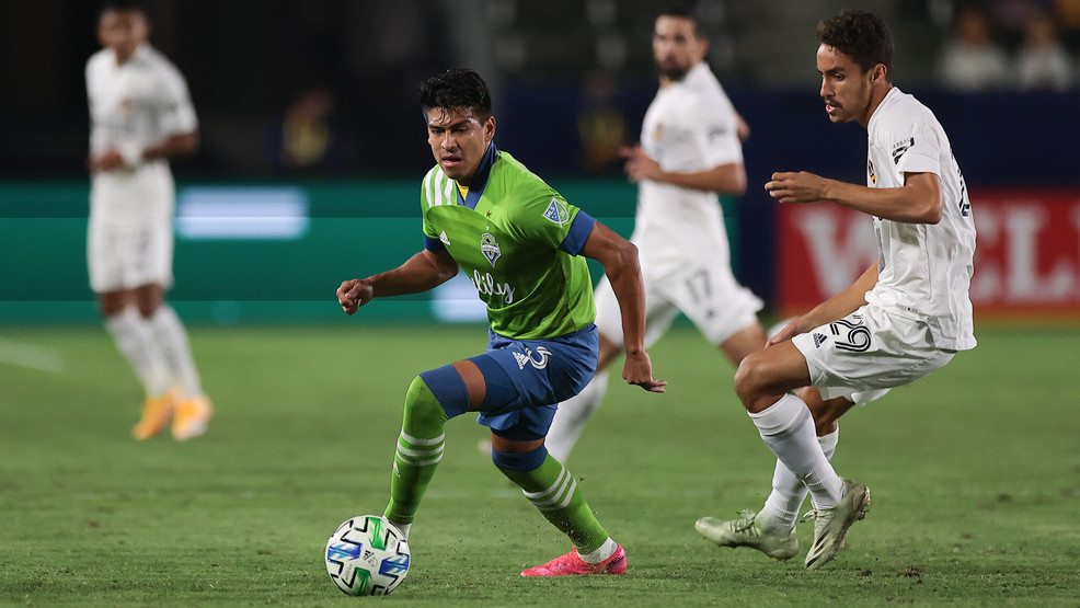 Sounders snare crucial point with stoppage time goal to salvage 1-1 tie | KOMO