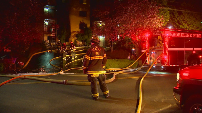 7 were injured in a fire at a Shoreline Apartment building on April 14, 2021. (KOMO Photo)