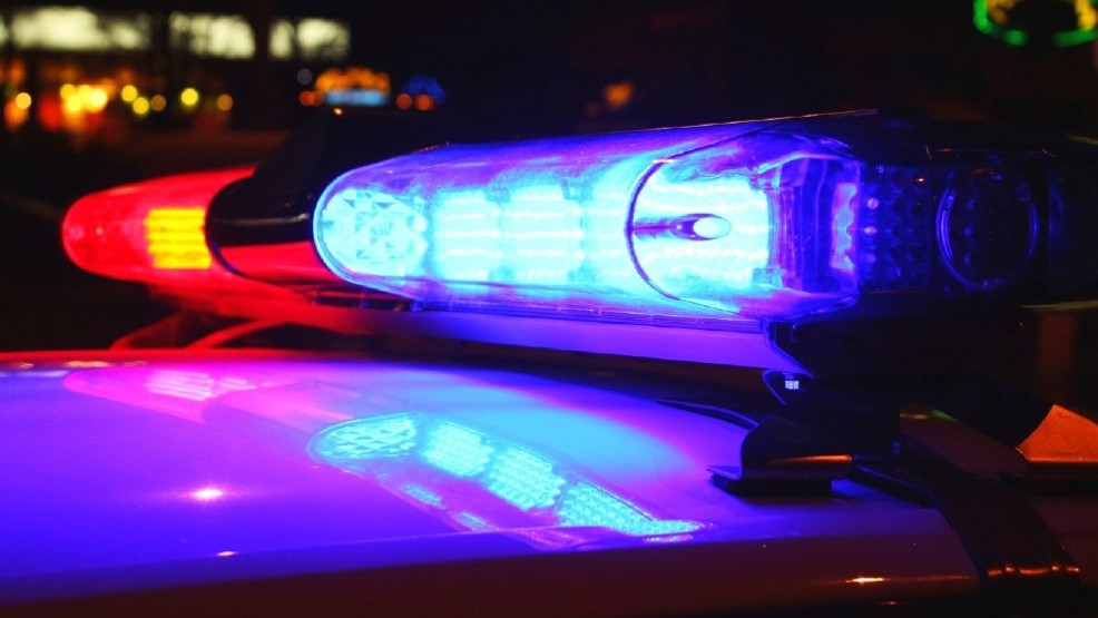 Man struck, killed while walking on Hwy  7 south of Spanaway