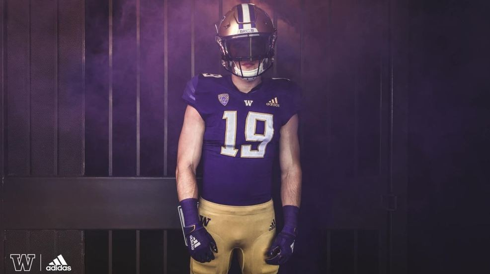 Huskies unveil new football uniforms that pay homage to the ...