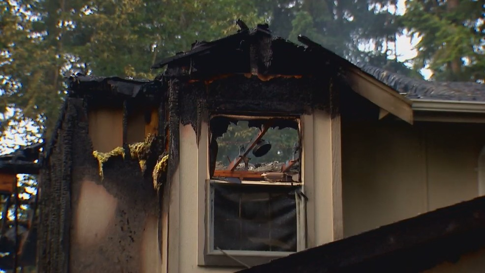 Woman found dead after fire destroys part of Gig Harbor
