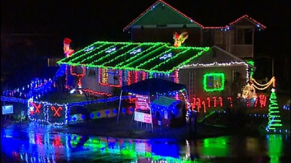 Recycle Christmas Lights.Don T Just Trash Those Old Christmas Lights Recycle Them