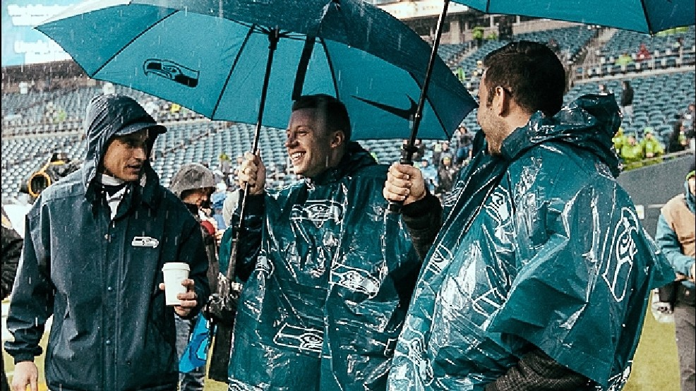 official photos 62952 bce8d Saturday's Seahawks game was their wettest ever at ...
