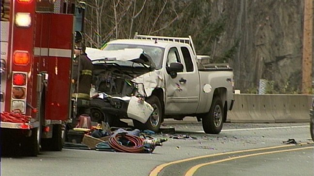 Crash On B C Highway Kills 2 Women In Car With Wash Plates Komo